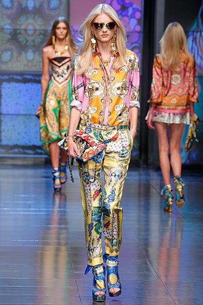 Панталон и риза в етно шарки D and G пролет-лято 2012