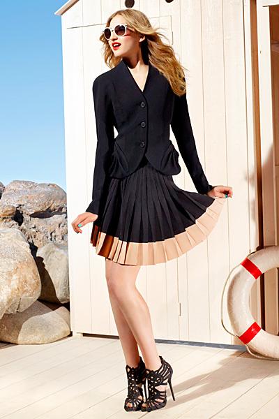 Плисирана пола и сако Dior ваканционна колекция 2012