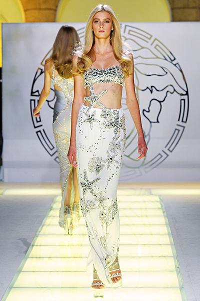 Дълга изрязана рокля с морски мотиви Versace Пролет и лято 2012