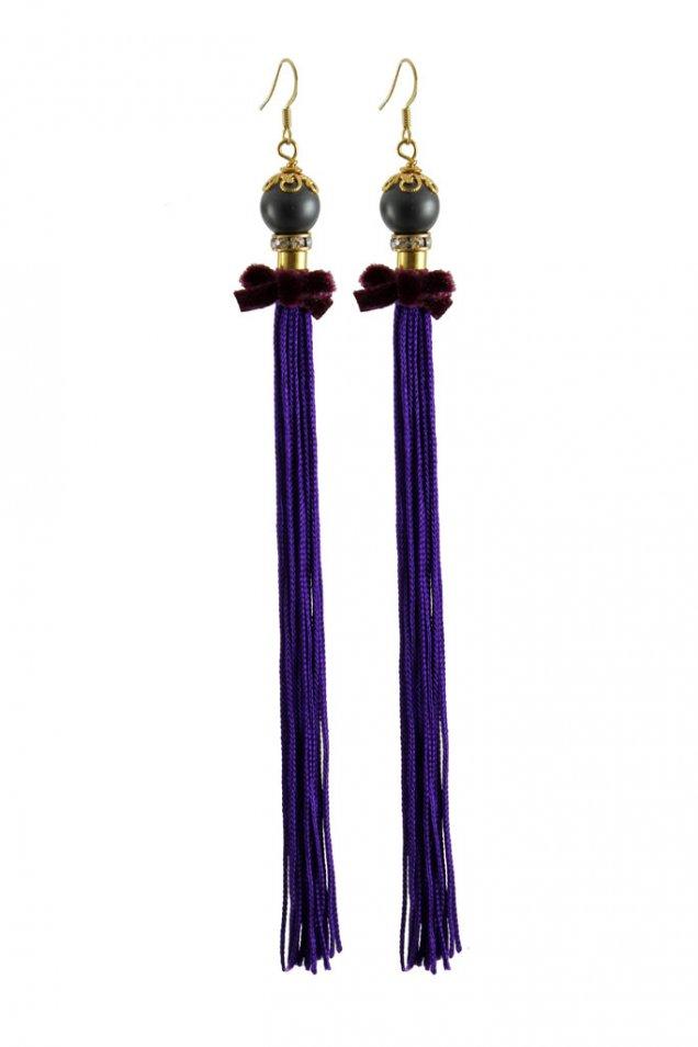 Висящи обеци с черна перла и лилав пискюл с панделка Akong есен 2012