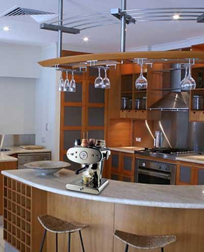 Кухня с овален бар плот
