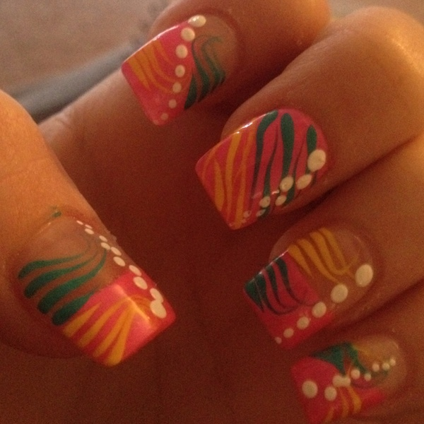 Цветна декорация за нокти