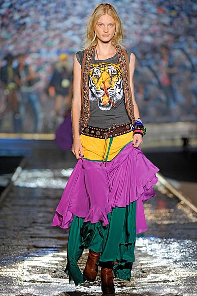 Джипси пола в ярки цветове и тениска с тигър Dsquared2 Пролет-лято 2012