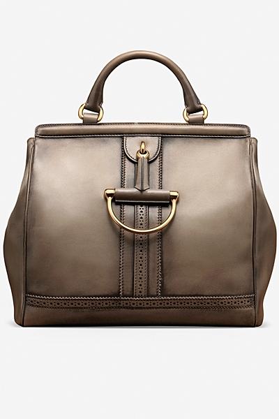 сива чанта на Gucci