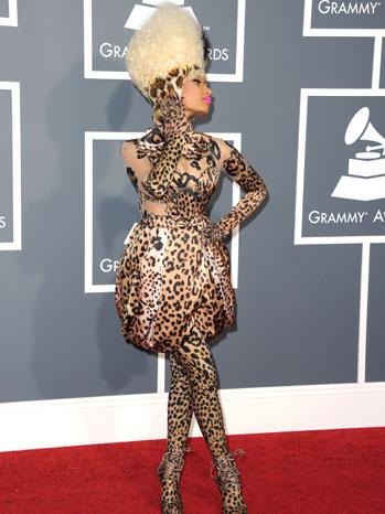 Ники Минаж в ексцентричен леопардов тоалет на 53-тите награди Грами