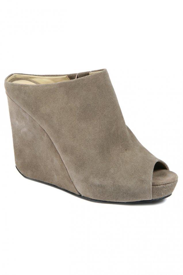 Велурени чехли на платформа DKNY 2012