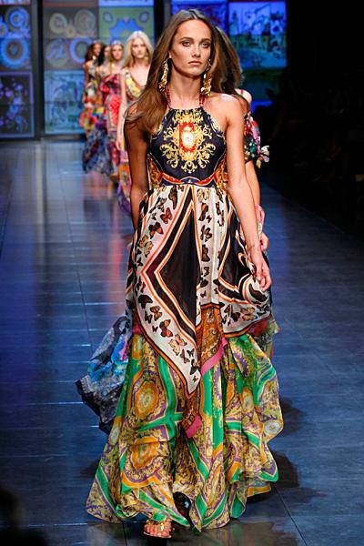 Макси рокля с джипси шарени волани D and G пролет-лято 2012
