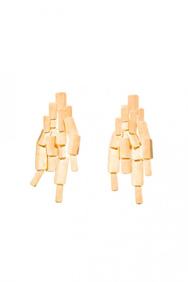 Висящи обеци миниатюрни златни плочки Aurelie Bidermann есен 2012