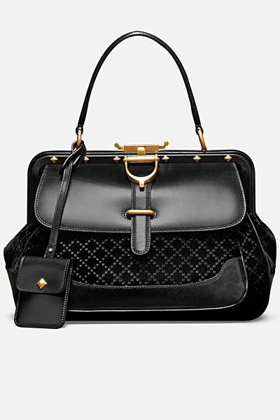 чанта на Gucci 2012