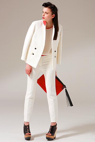 Бял панталон със сако Costume National ваканционна колекция 2012