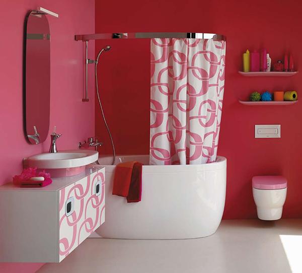 Баня с розови стени