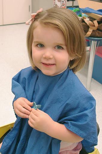 Детска прическа за права коса