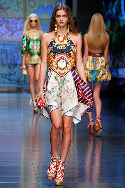 Морска рокля до коляно D and G пролет-лято 2012