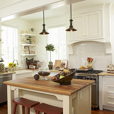 Кухня с кухненски остров бар плот