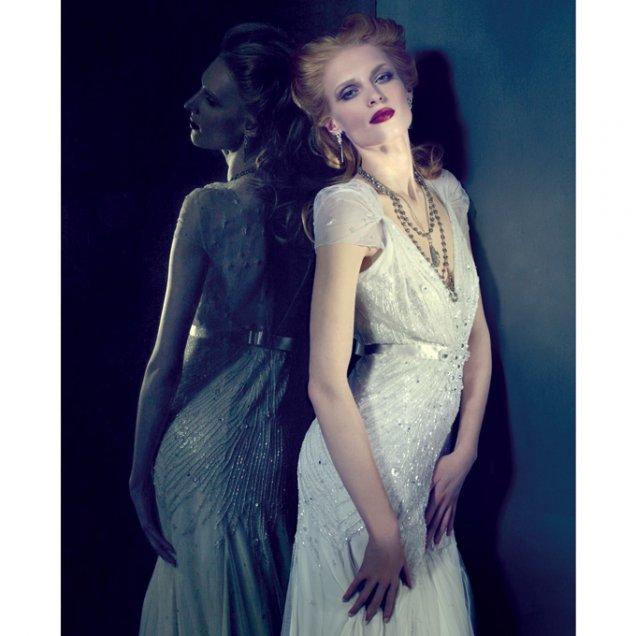 Ултра стилна булчинска рокля в стил арт-деко от Jenny Packham