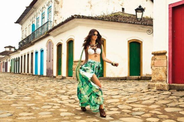 Бял бански с дълга джипси пола в зелено Morena Rosa 2012