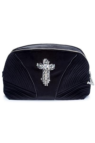 чанта с кръст на  Versace за 2012