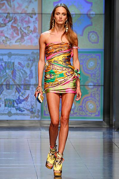 Мини рокля шарена D and G пролет-лято 2012