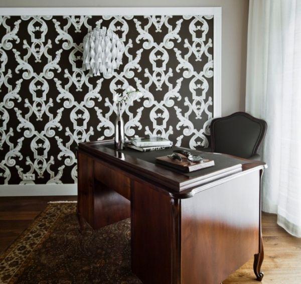 Апартамент в Полша - кабинет с красиво бюро