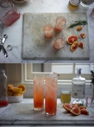 Газиран коктейл с джин и червен портокал