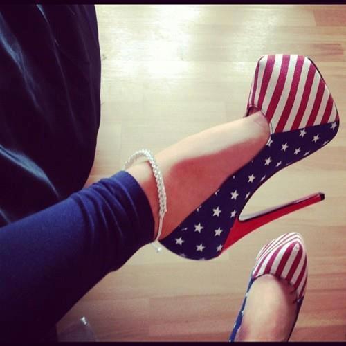 Високи обувки с шарките на американското знаме