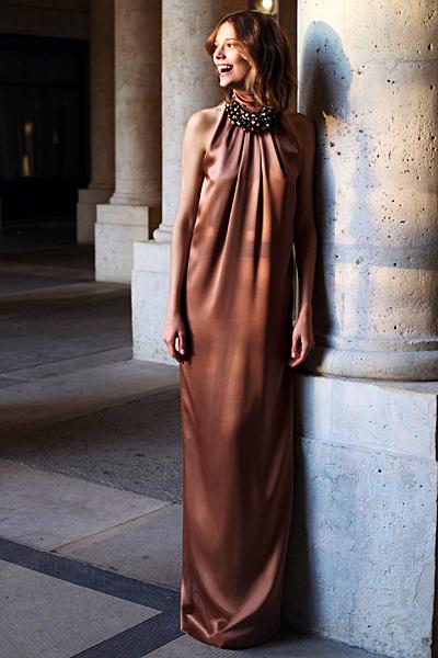 Дълга рокля с деколте по врата Dior Предесенна колекция 2012