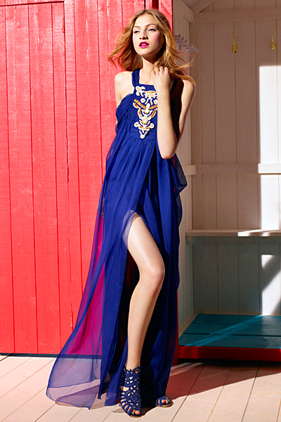 Макси рокля в турско синьо с цепка Dior ваканционна колекция 2012