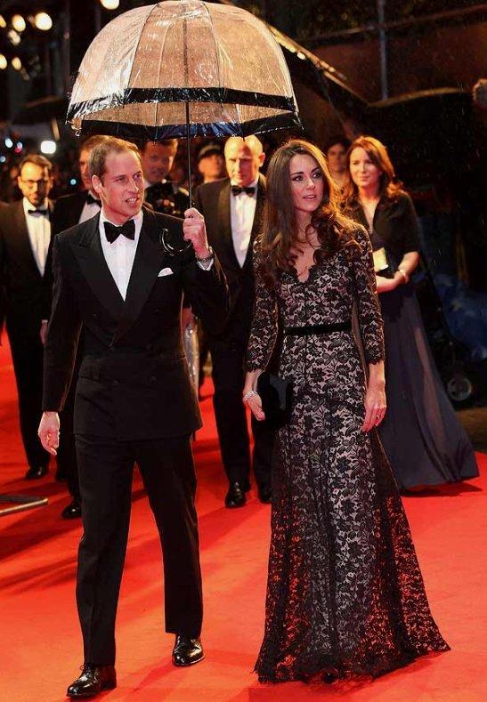 Кейт и Уилям на филмова премиера през 2012