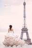 Булчинска рокля много бледо розово с красиви волани с пух
