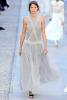 Ефирна бледо сива рокля Chanel Круизна колекция 2012