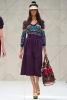 Пола-панталон с висока талия в лилаво и фигурална блуза Пролет-Лято 2012 Burberry