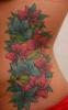 Цветна татуировка на ребра за жени - цветя