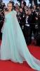 Даян Крюгер в ефирна рокля в  бледо синьо