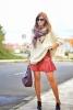 Как да комбинирам широк пуловер с къса пола