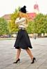 Елегантна комбинация с пуловер и пола