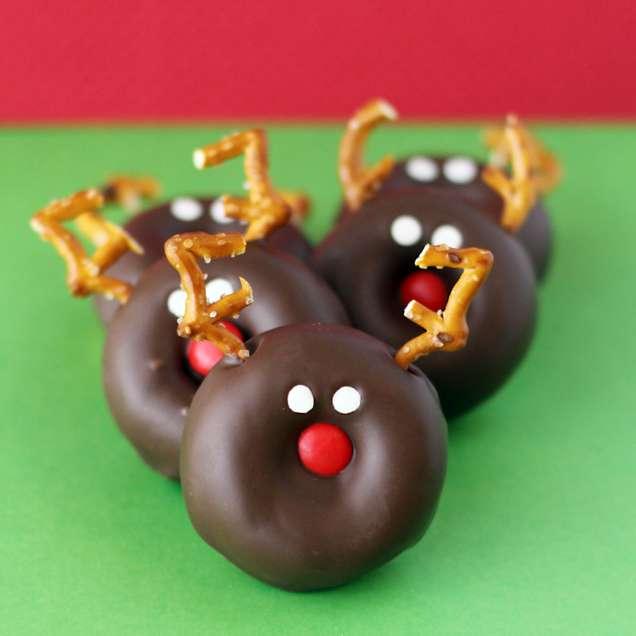 Коледни шоколадови понички