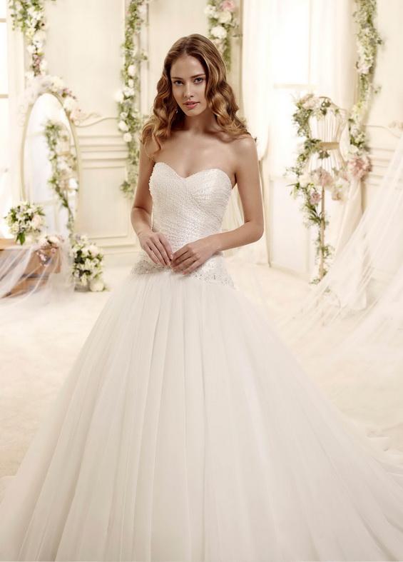 Романтична сватбена рокля 2015