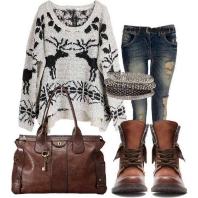Широк пуловер с дънки