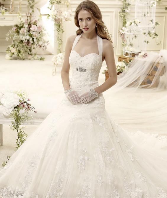 Сватбена рокля с камъни 2015