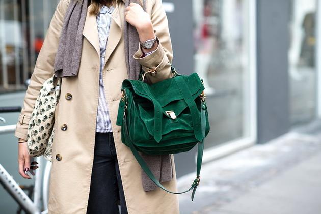 Зелена чанта велур 2015