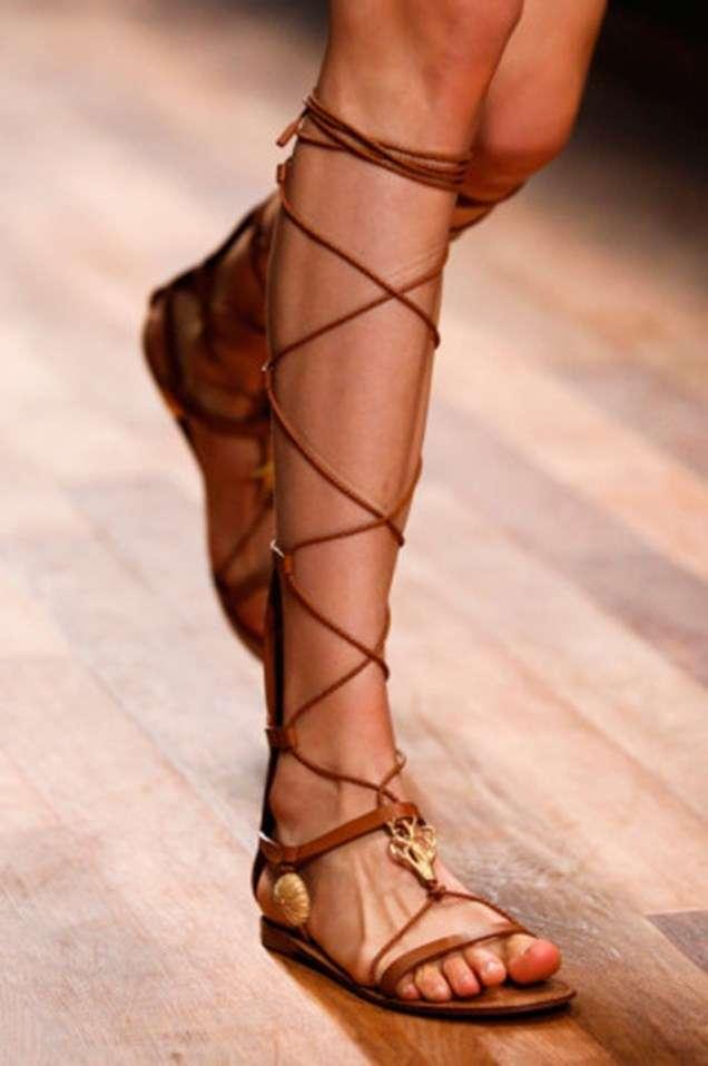 Равни римски сандали 2015