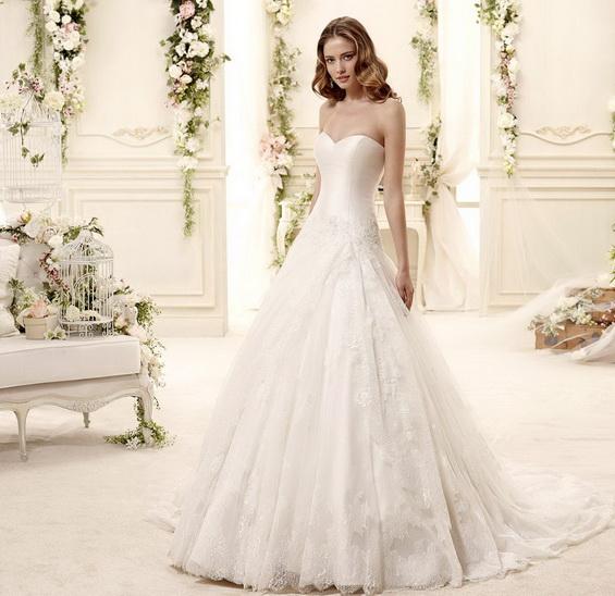 Мода при сватбените рокли за 2015