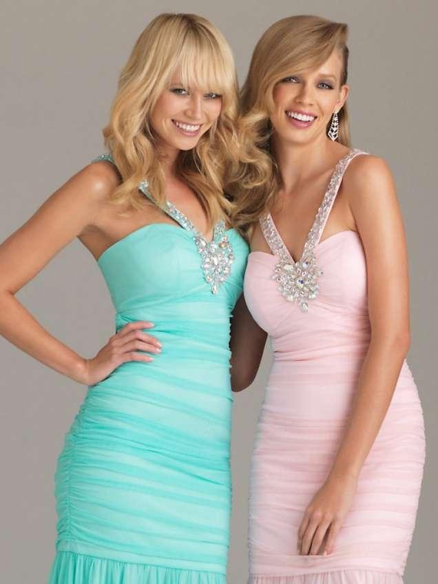 Шаферски рокли от шифон в синьо и розово