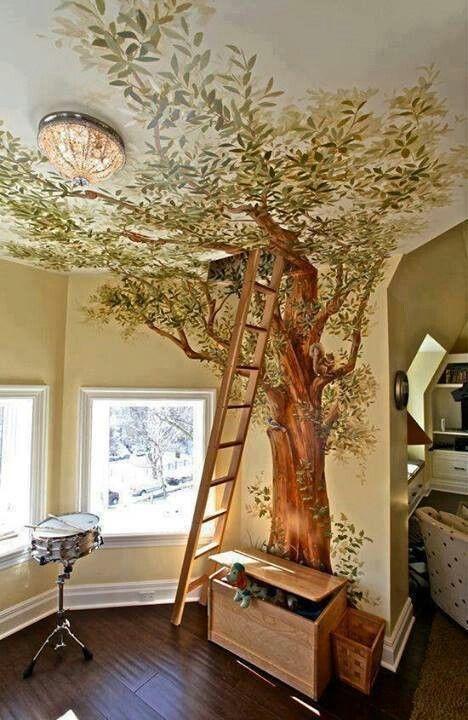 Декорация за стена с реалистично дърво