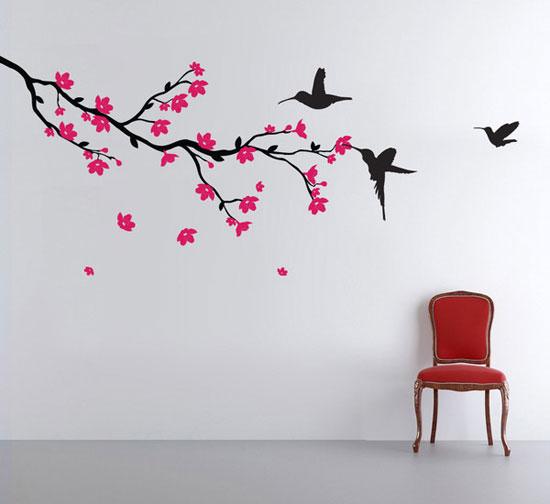 Декорация за стена с красиво дърво и птички
