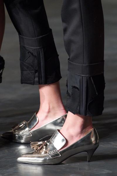 Остри обувки с малко токче 2015