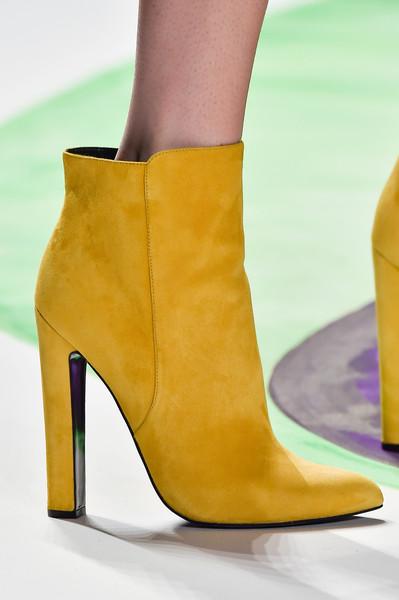 Модерни жълти боти велур есен 2015
