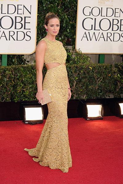 Емили Блънт в рокля дантела Michael Kors Златни Глобуси 2013
