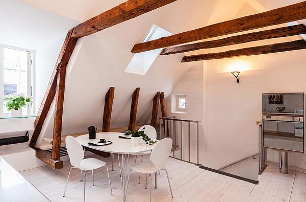 Двуетажен апартамент в Стокхолм - трапезария