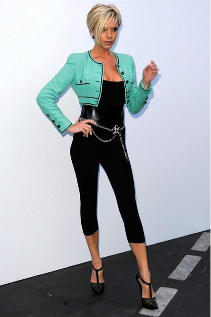 Виктория в Chanel след промоцията на книгата й за стайлинг през 2007